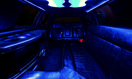 Lincoln town car limo detroit
